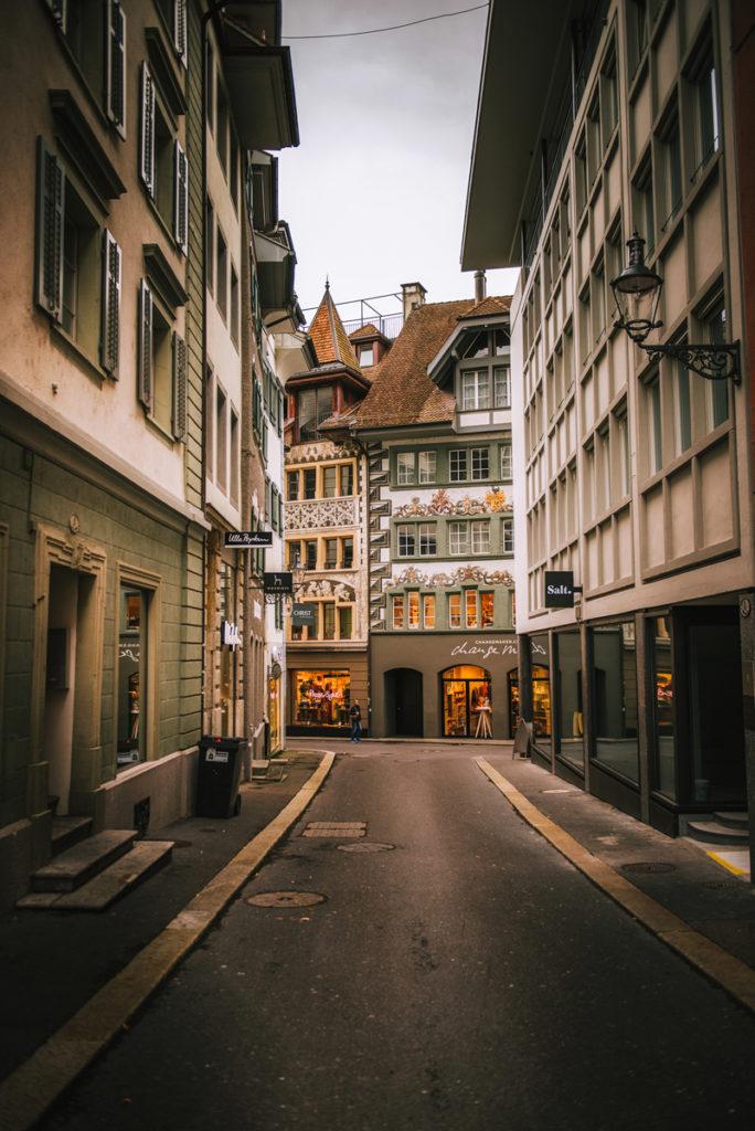 Weinmarktstrasse, Lucerna