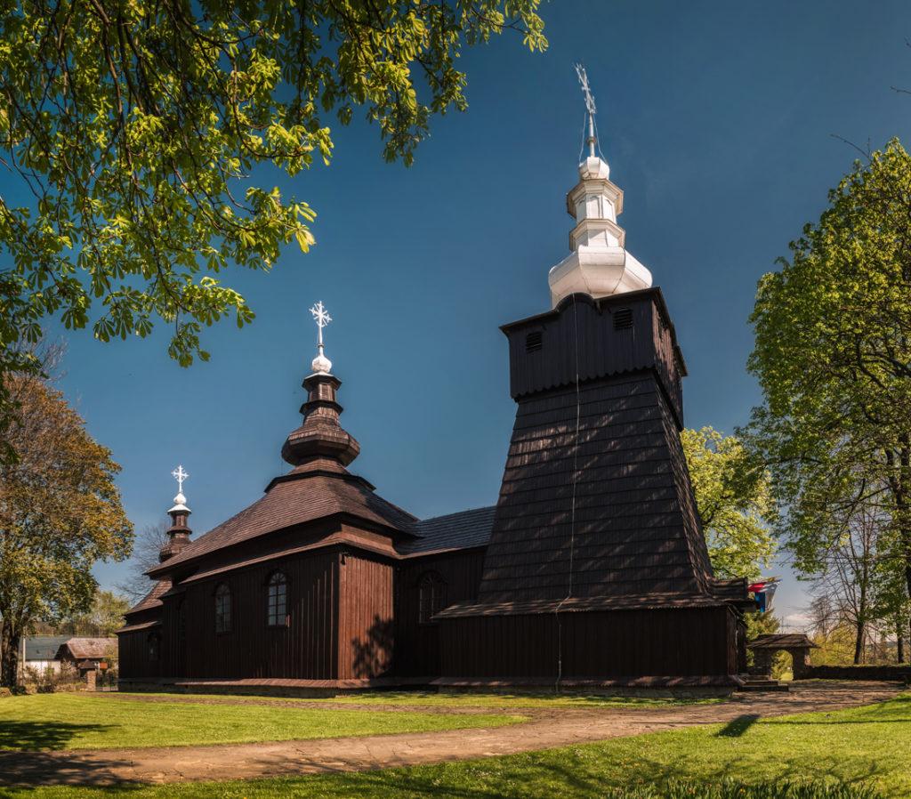 Drewniane cerkwie Beskidu Niskiego.  Kościół NMP Wniebowziętej w Brunarach