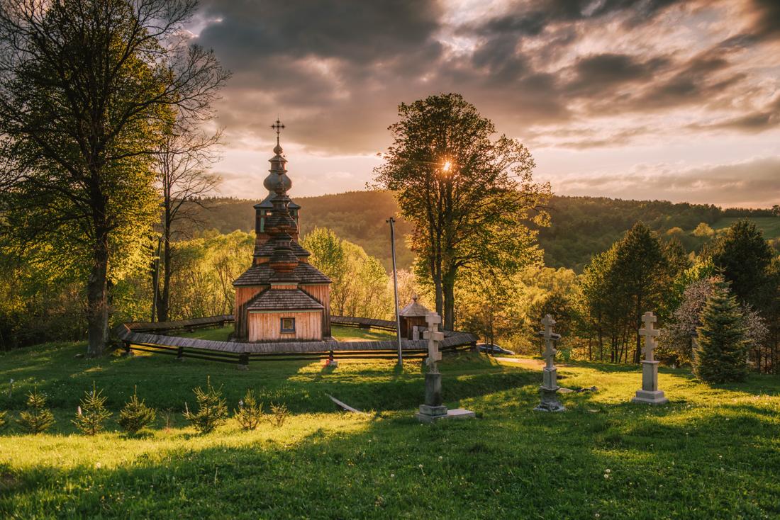 Najpiękniejsze drewniane cerkwie Beskidu Niskiego i opuszczone wioski. Łemkowszczyzna, cz. 2.