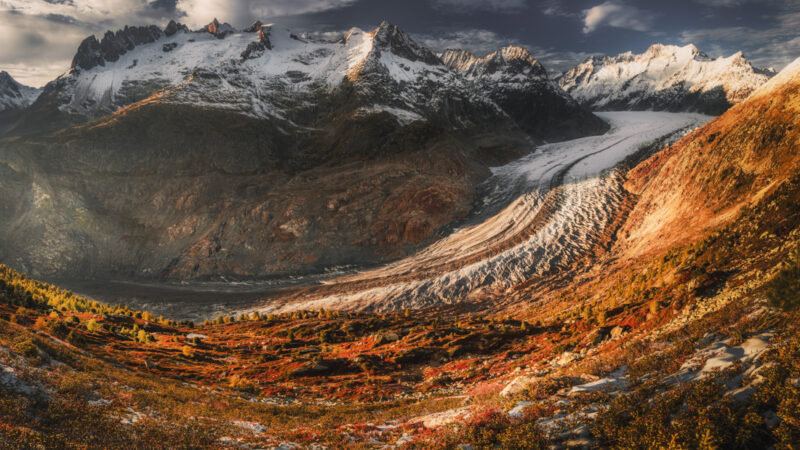 Największy lodowiec Alp – Aletschgletscher. Trekking i porady.