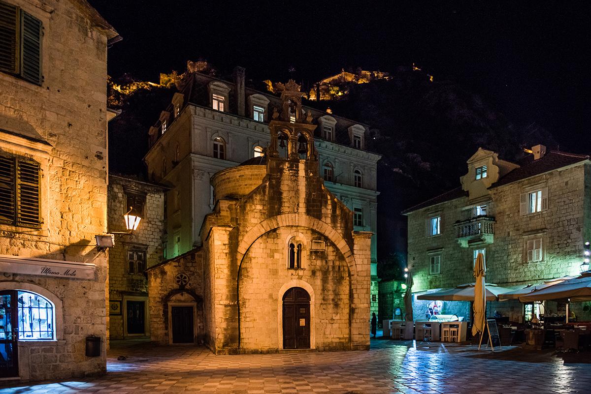 Podróż samochodem na Bałkany, samochodem przez Bałkany, co warto zobaczyć w Czarnogórze, jak dojechać do Czarnogóry, Czarnogóra samochodem, Kotor - największe atrakcje Czarnogóry