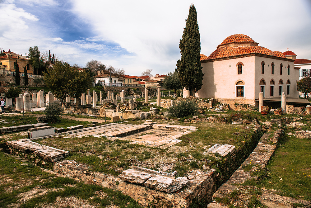 Największe atrakcje Aten. Co warto zobaczyć w Atenach - Forum Rzymskie