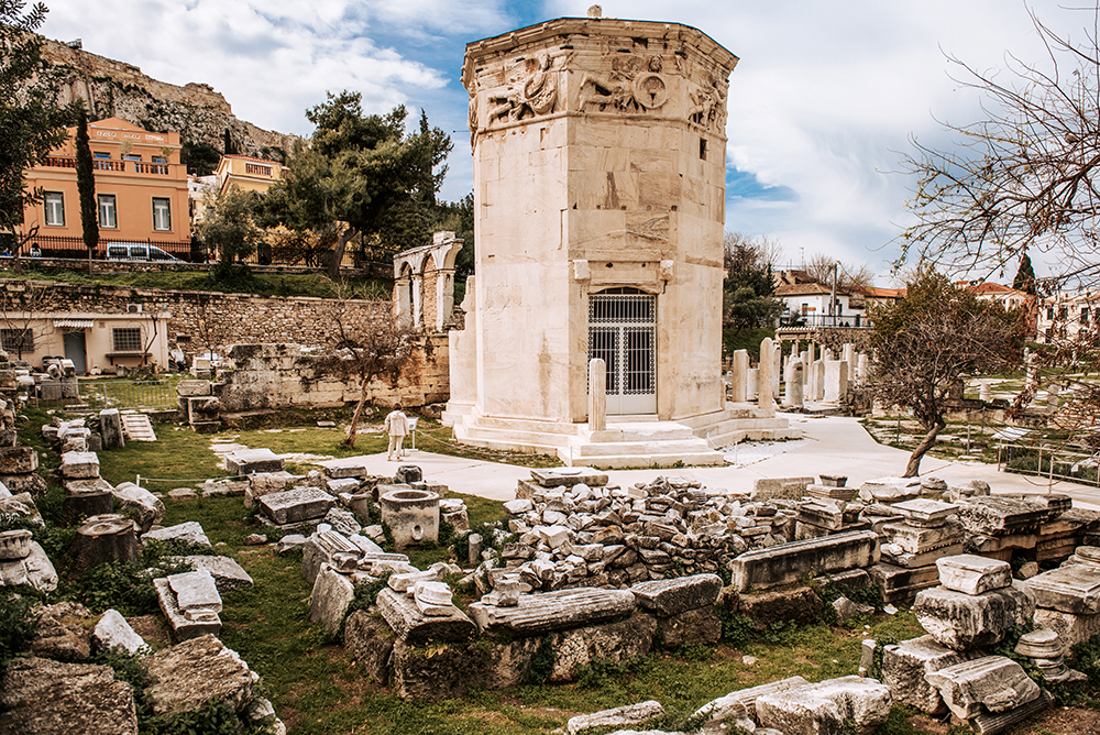 Największe atrakcje Aten. Co warto zobaczyć w Atenach - Forum Rzymskie, Wieża Wiatrów