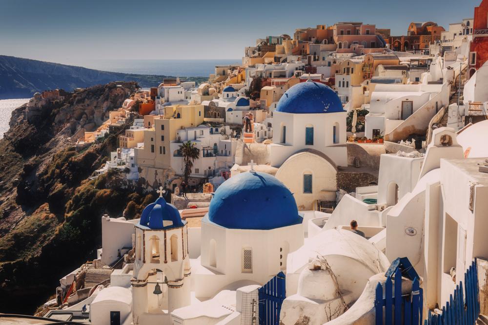 Największe atrakcje Santorini - Blue Dome Church, Oia