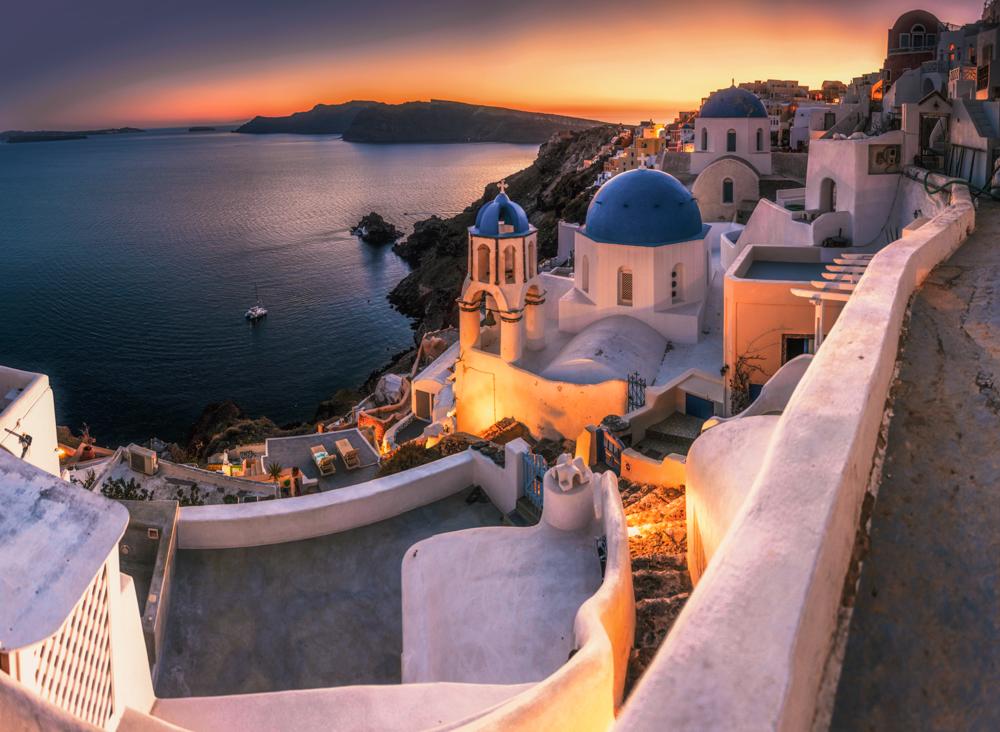 Największe atrakcje Santorini - Oia, Blue Dome Church