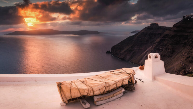 Najpiękniejsze miejsca Santorini. Tanie zwiedzanie wyspy na własną rękę.
