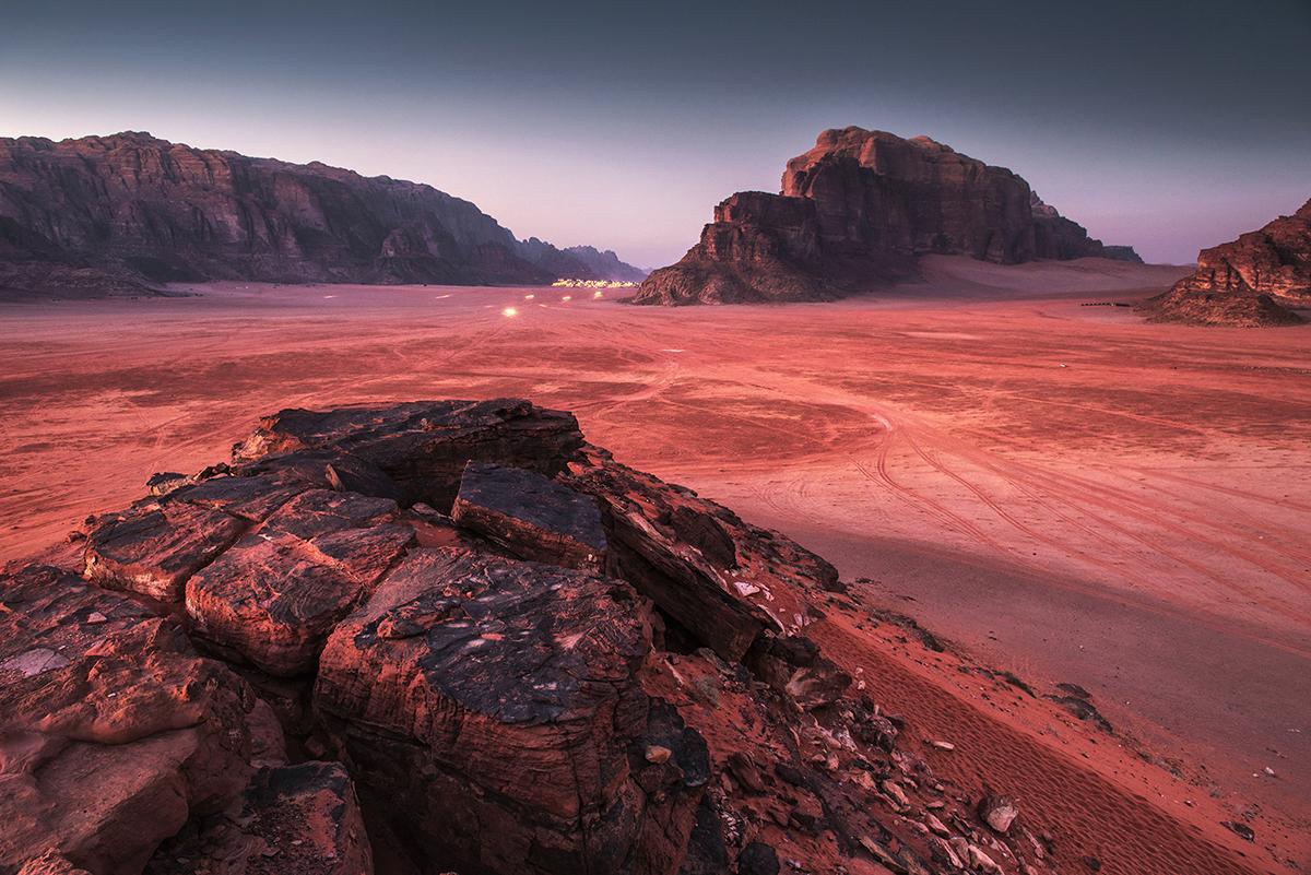 Wadi Rum: kilkudniowy trekking po pustyni. Jordania – część 1.