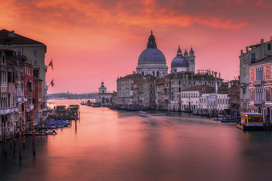 Najciekawsze miejsca w Wenecji. Co zobaczyć w Wenecji. Wschód słońca w Wenecji