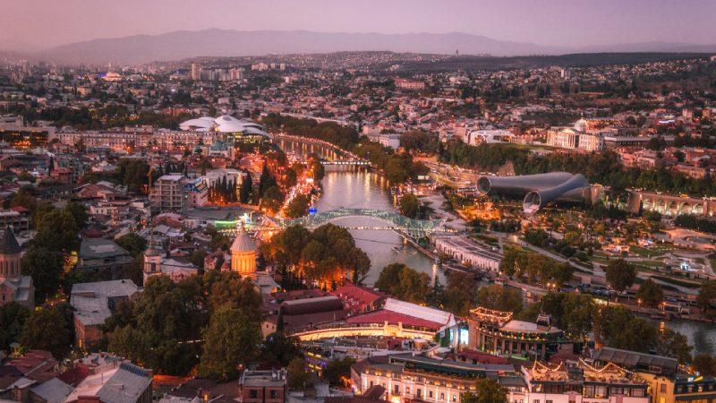 Największe atrakcje Tbilisi – co warto zobaczyć w weekend. Przewodnik po stolicy Gruzji.