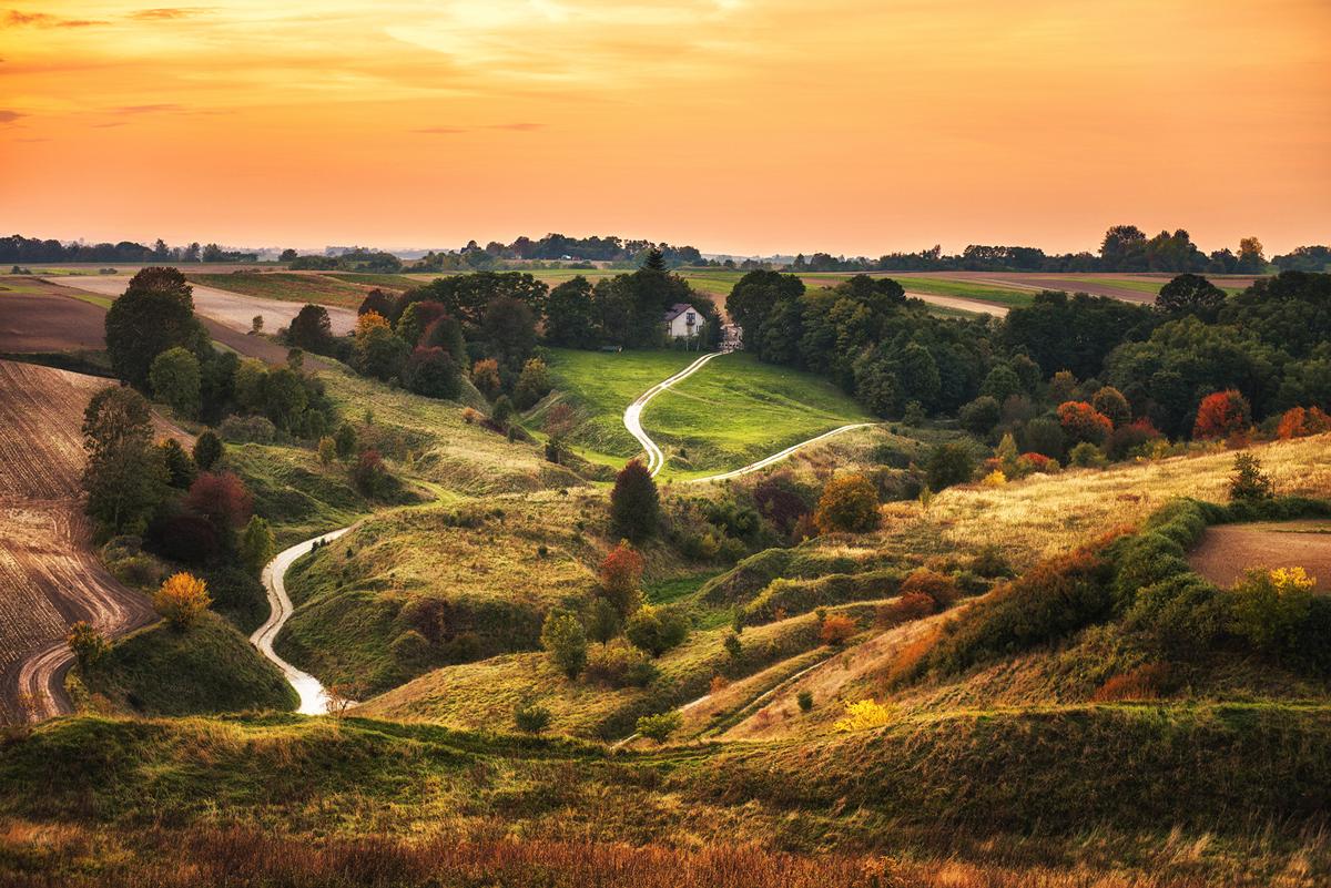 Grodzisko w Stradowie – jeden z największych grodów wczesnośredniowiecznych w Polsce