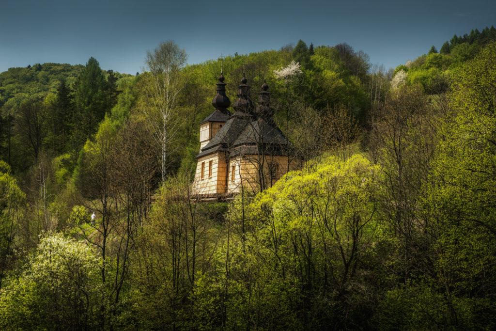Drewniane cerkwie Beskidu Niskiego. Cerkiew św. Łukasza w Kunkowej.