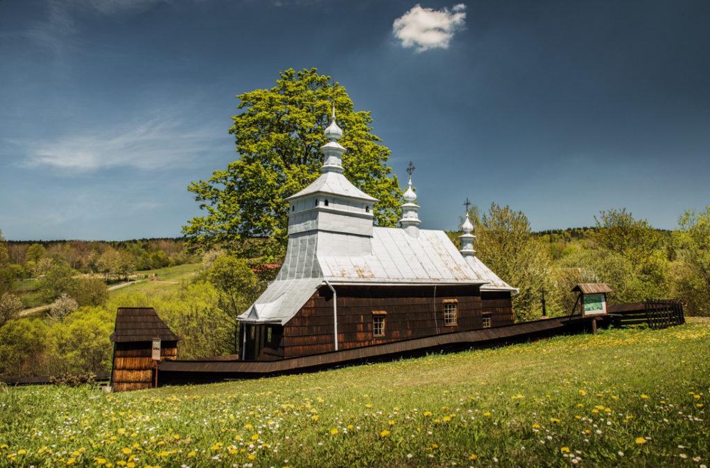 Drewniane cerkwie Beskidu Niskiego. Cerkiew św. Michała Archanioła w Przysłupie.