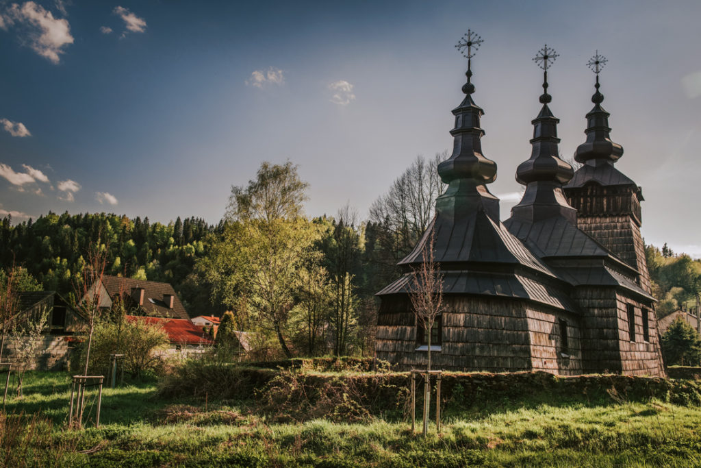 Drewniane cerkwie Beskidu Niskiego.   Cerkiew świętego Dymitra w Szczawniku