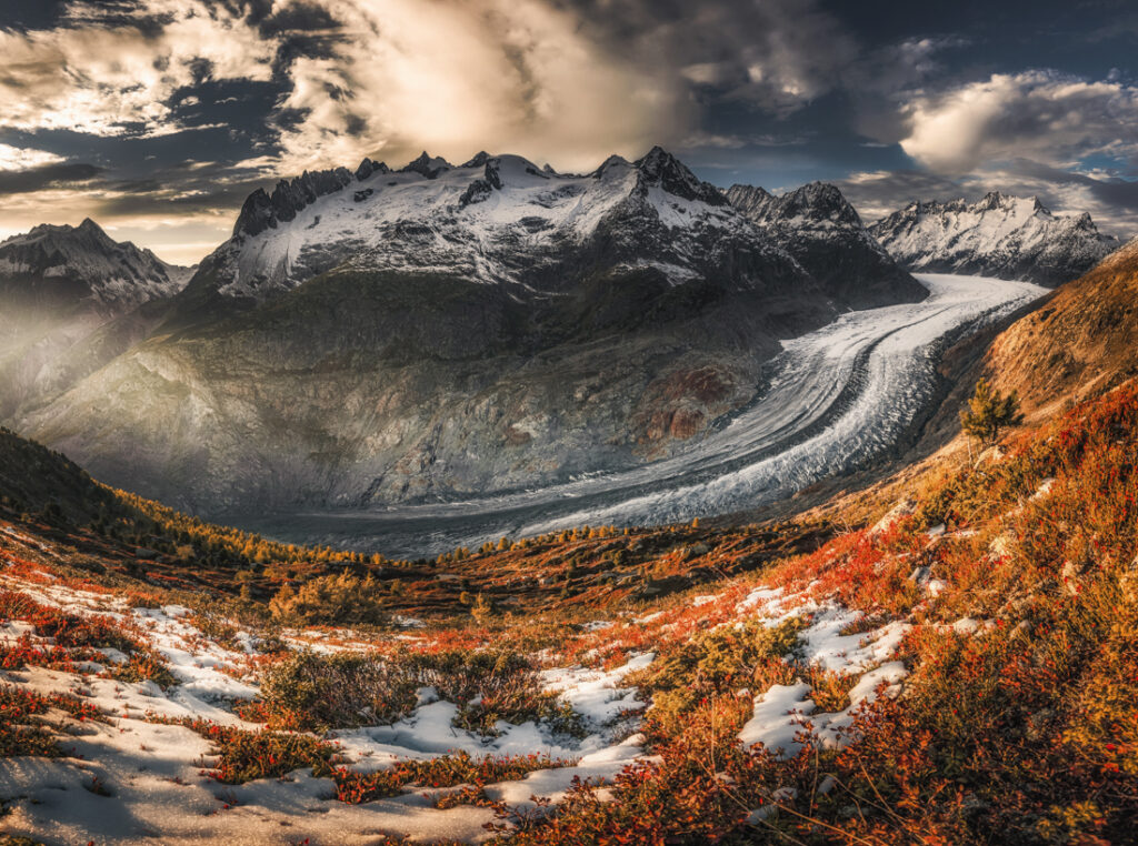 Największy lodowiec Alp - Aletschgletscher, Alpy Berneńskie, Szwajcaria