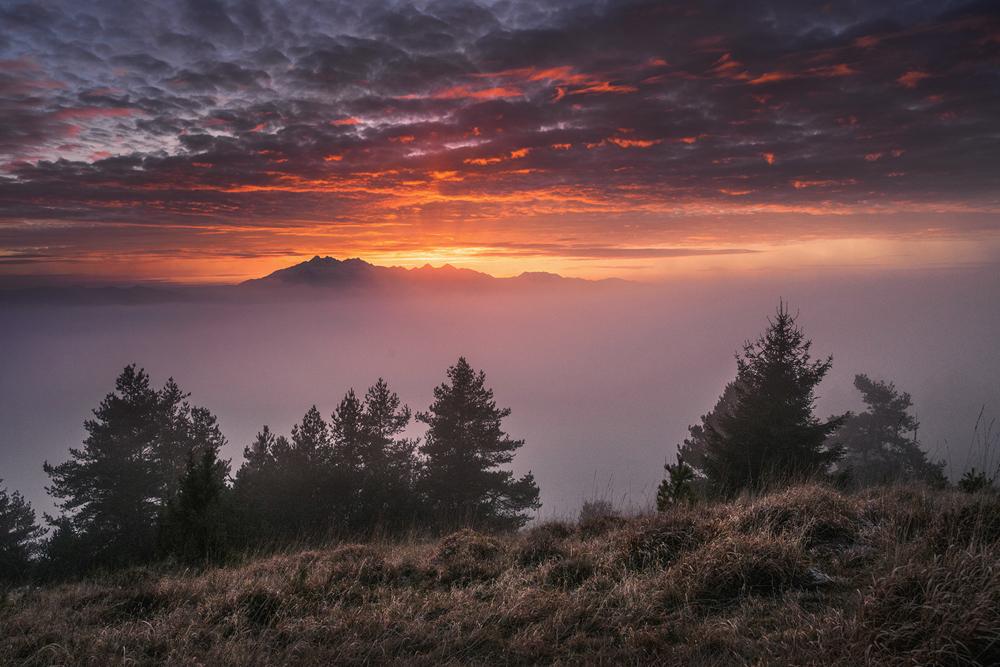 Zachód słońca nad Tatrami, Wysoki Wierch, Pieniny.