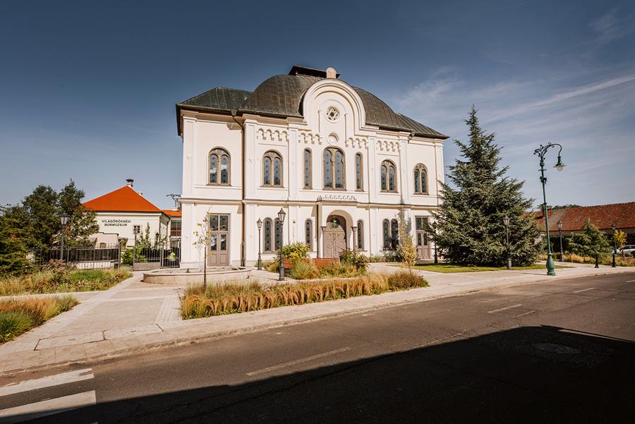 miasto Tokaj. Synagoga w Tokaju.
