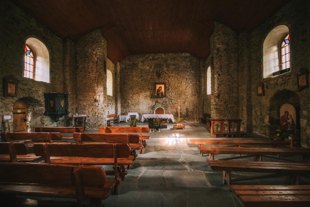 Cerkiew w Łopience (wnętrze). Wysiedlone dawne wsie Bojkowskie w Bieszczadach.