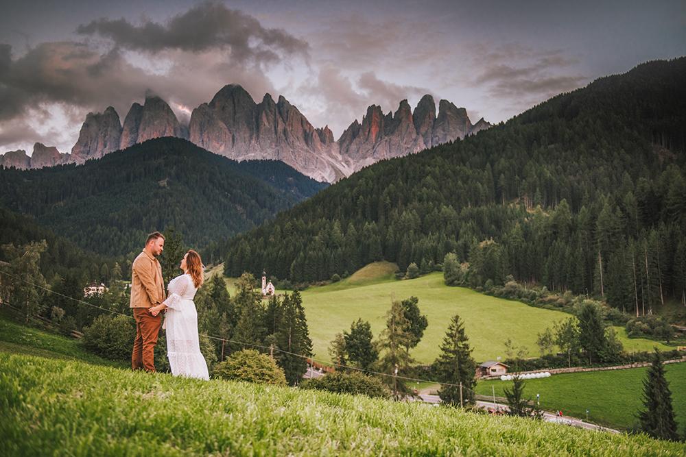 Sesja fotograficzna w Alpach, sesja zdjeciowa w Dolomitach, sesja narzeczeńska